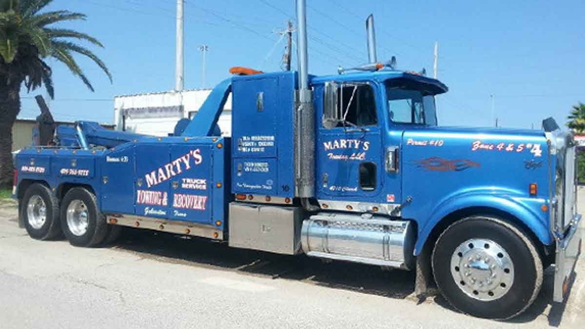heavy towing I 45 Galveston County TX